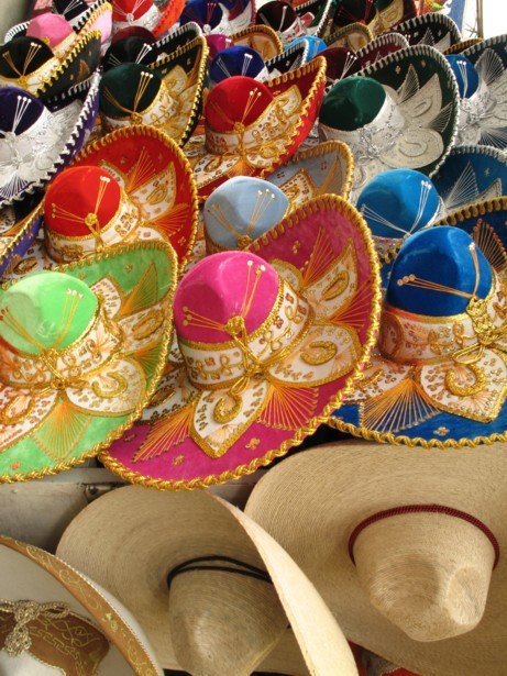 Una insignia del orgullo Mexicano nuestro sombrero #Charro Traditional horseman hats (Sombreros de charro).