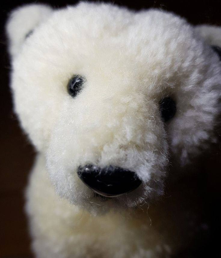 Pom pom polar bear Handcraft