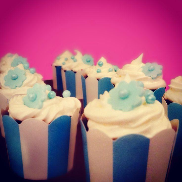 Baby boy cupcakes for christening, birthday. Cupcakes til gutt for bursdag eller dåp. Barnedåp. Gutt.