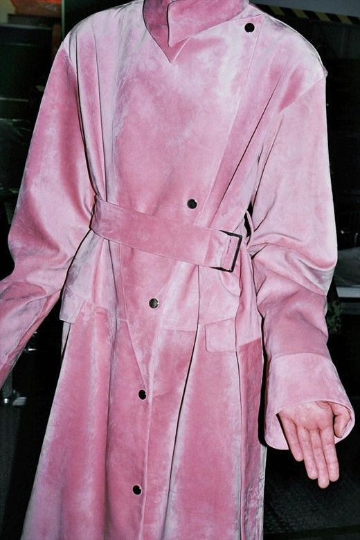 pink trench coat? count us in | ban.do