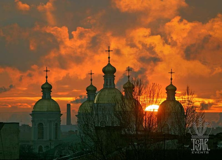 St. Nicolas Cathedral, Sunset
