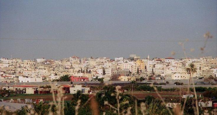 Qalqilyah (Wikicommons) El liderazgo de Israel congela un plan para expandir la ciudad palestina de Qalqilya. Por: Aryeh Savir, Noticias de Israel del mundo El gabinete de Seguridad de Israel votó …