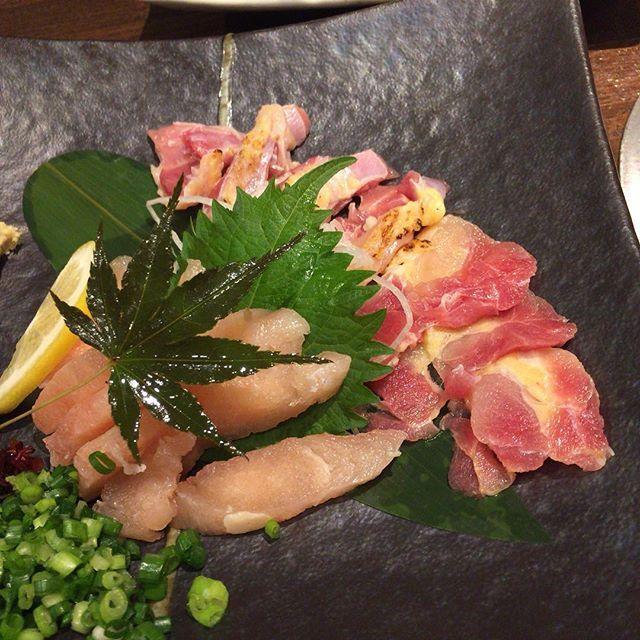 #鳥刺し##chiken #さしみ#刺身#チキン#sashimi#japanesefood #instafood by shintaka_jpn