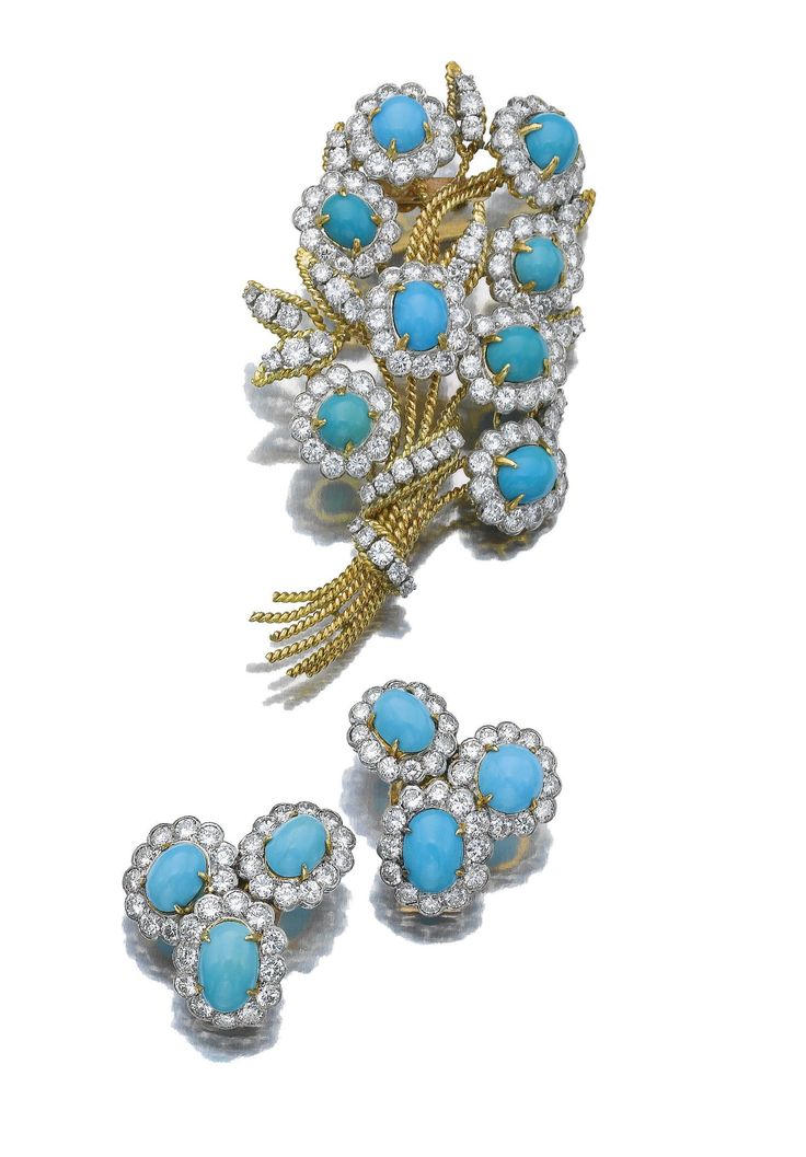 TURQUOISE AND DIAMOND BROOCH AND PAIR OF EAR CLIPS, VAN CLEEF & ARPELS, 1970S.
