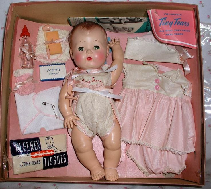 PRISTINE 1950's American Character TINY TEARS Doll in Box