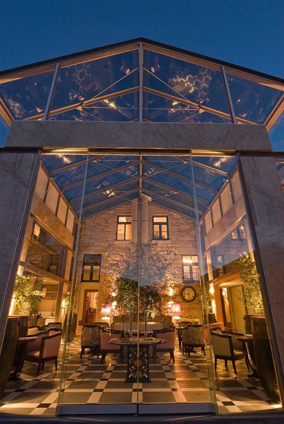 Mr-&-Mrs-Smith_Islington-Hotel_Hobart_Tasmania_Restaurant-Entrance