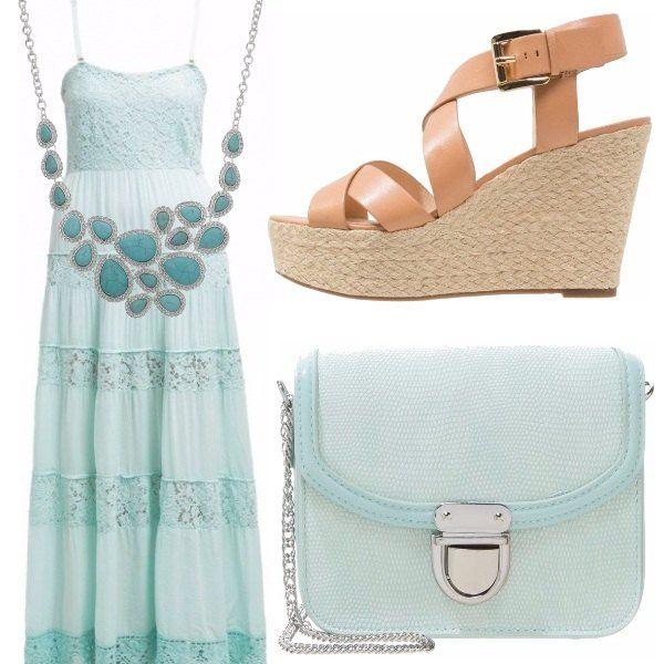 L'estate, bella da vivere, per sfoggiare i colori più belli! Vestito lungo Guess verde menta, borsa a tracolla con catena argento, zeppa alta con cinturino beige chiaro, collana con pietre azzurre!