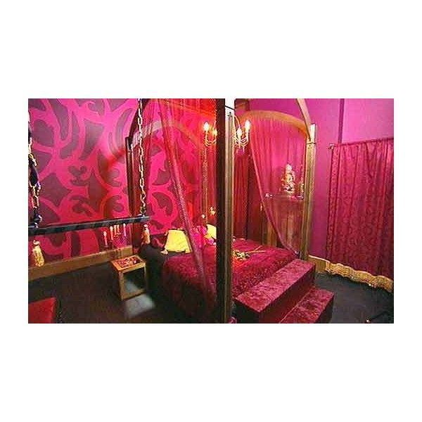1000 Ideas About French Boudoir Bedroom On Pinterest
