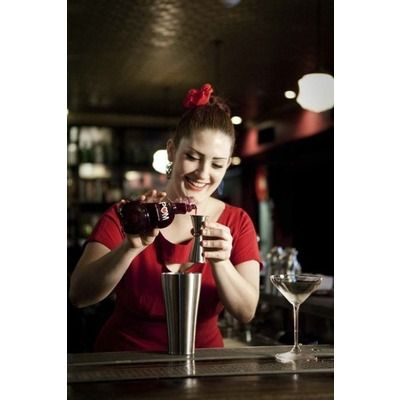Hire a cocktail bartender in Edinburgh www.hireabarman.com