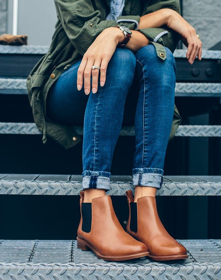 7316c3a03a9 5 Shoe Trends That'll Stick Around in 2018 | clothes | Chelsea boots ...