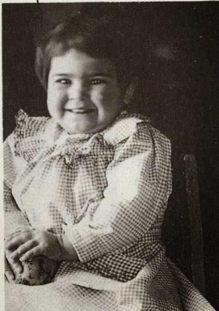 Foto di Frida Kahlo bambina 1