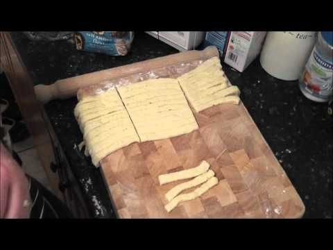 VIDEO: how to make KOEKSISTERS part 2 of 2