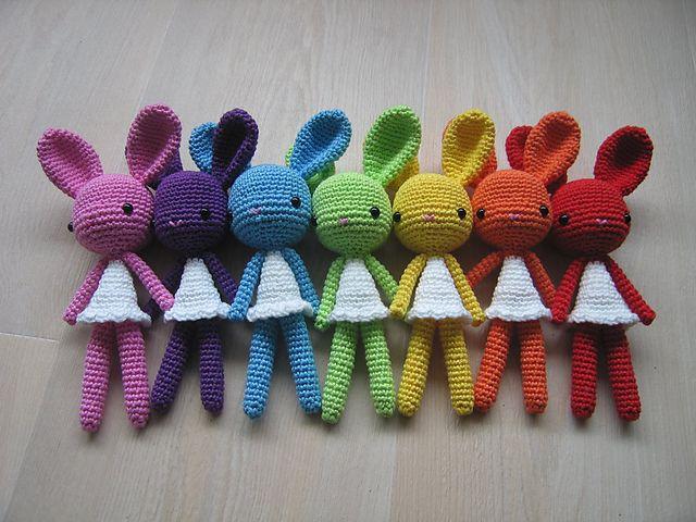 Ravelry: Poolvos' Rainbow Bunnies
