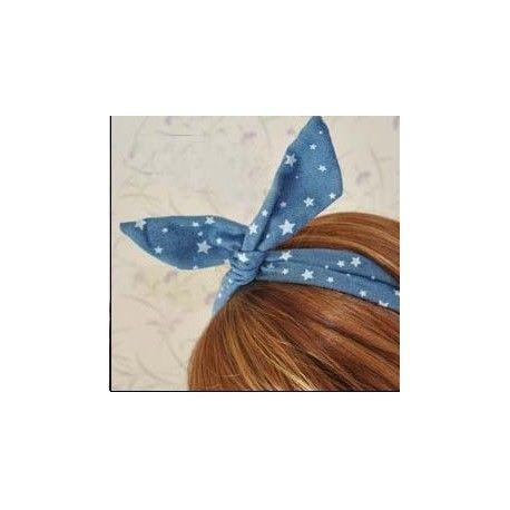 Este año lo pin up es tendencia.Te gustan??de corazones y de estrellas....Elige el tuyo.  http://www.misstendencias.com/23-adornos-para-cabello