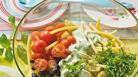 Nudelsalat+mit+Basilikum-Joghurt-Sauce+Rezept+»+Knorr