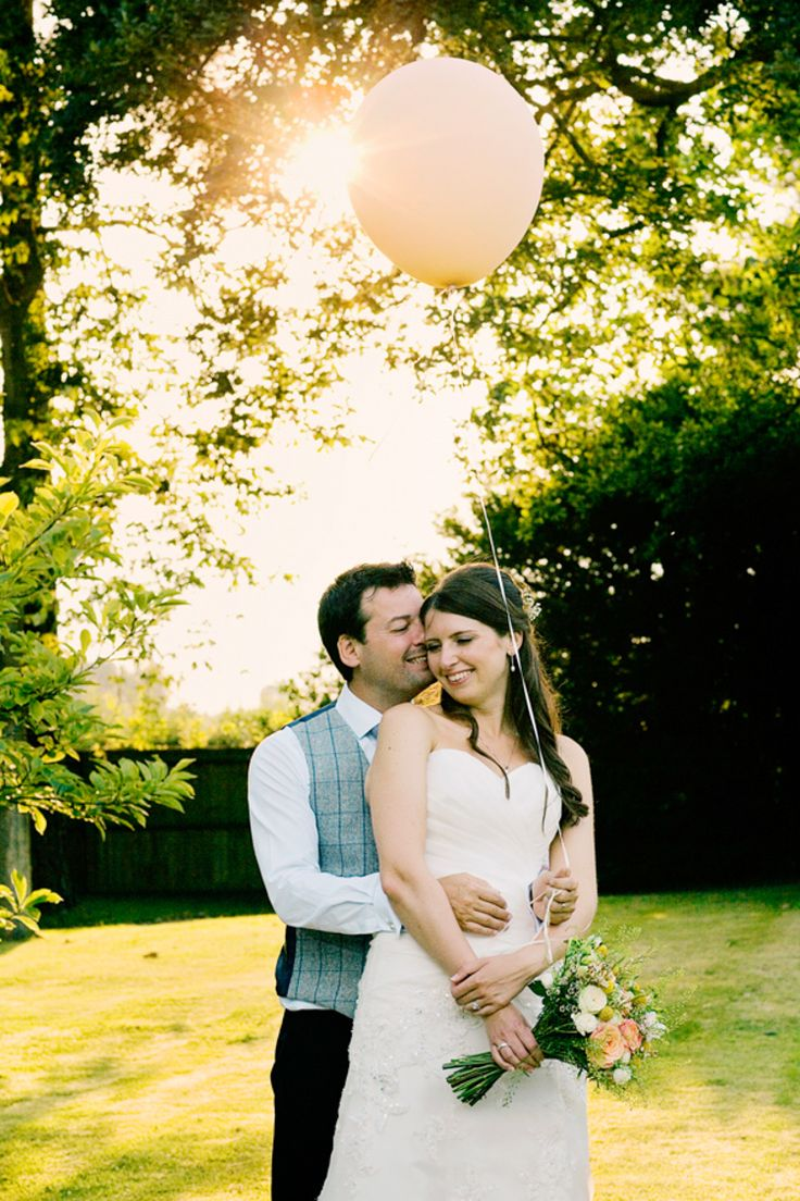Bright Happy Rustic Summer Country Wedding http://www.jobradbury.co.uk/