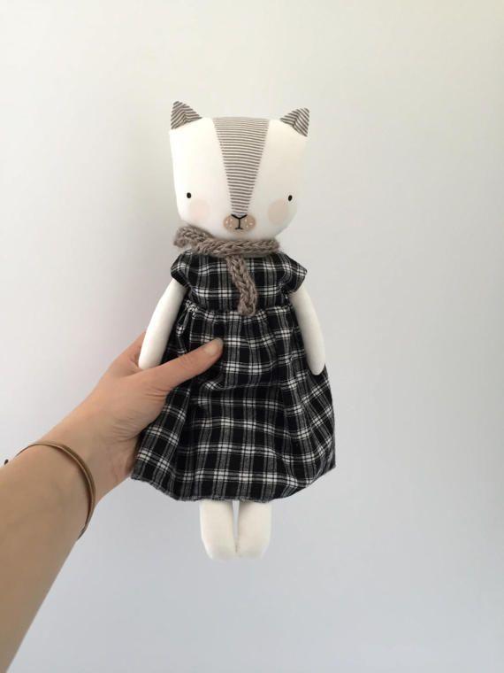 luckyjuju kitten doll  girl