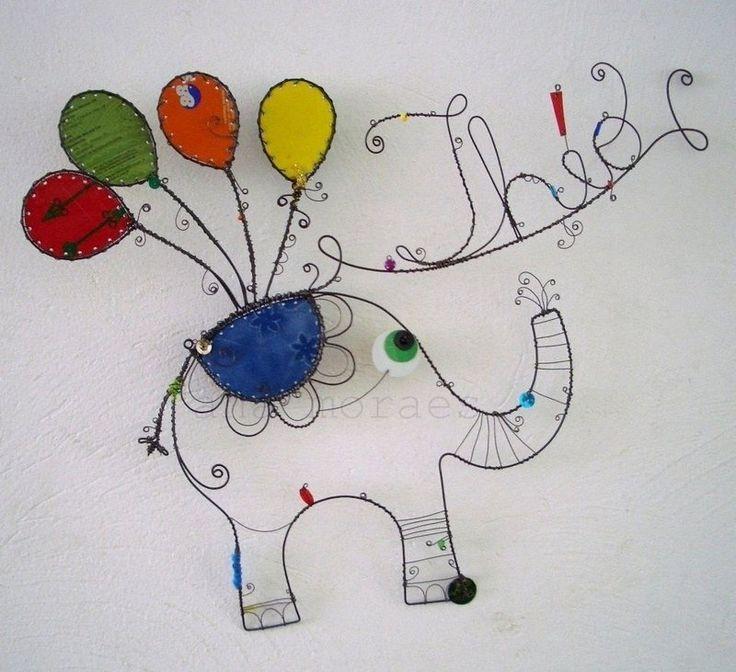 Enfeite de Porta Maternidade Elefante por Ana Moraes para Bbmoderno - BB Moderno   Roupas e Acessórios para prematuros, bebês recém-nascidos, infantil.