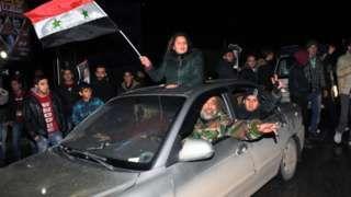Aleppo battle: Syrian city 'back under government control' - BBC News