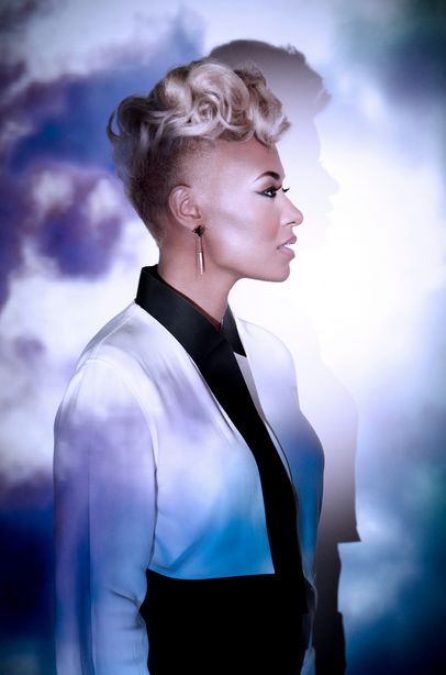 Emeli Sandé Gets Accolade As UK's Best Selling Album Artist For 2013 - http://tickets.ca/blog/emeli-sande-gets-accolade-uks-best-selling-album-artist-2013/