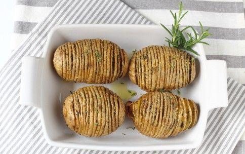 Картофель Hasselback
