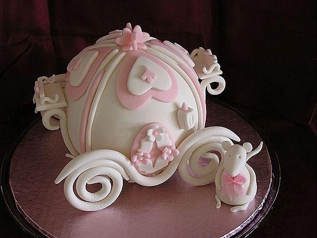 Otro bellisimo carruaje de Cenicienta. | Amazing Cakes | Pinterest ...