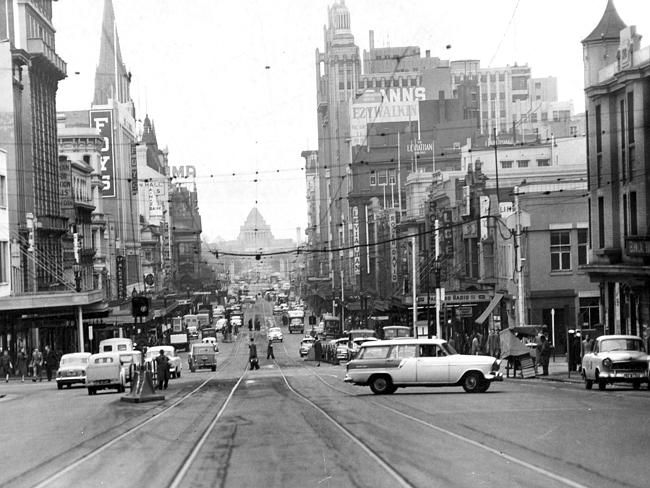 1969: The view from Swanston St looking back towards the shrine. Picture: Herald Sun Image Library