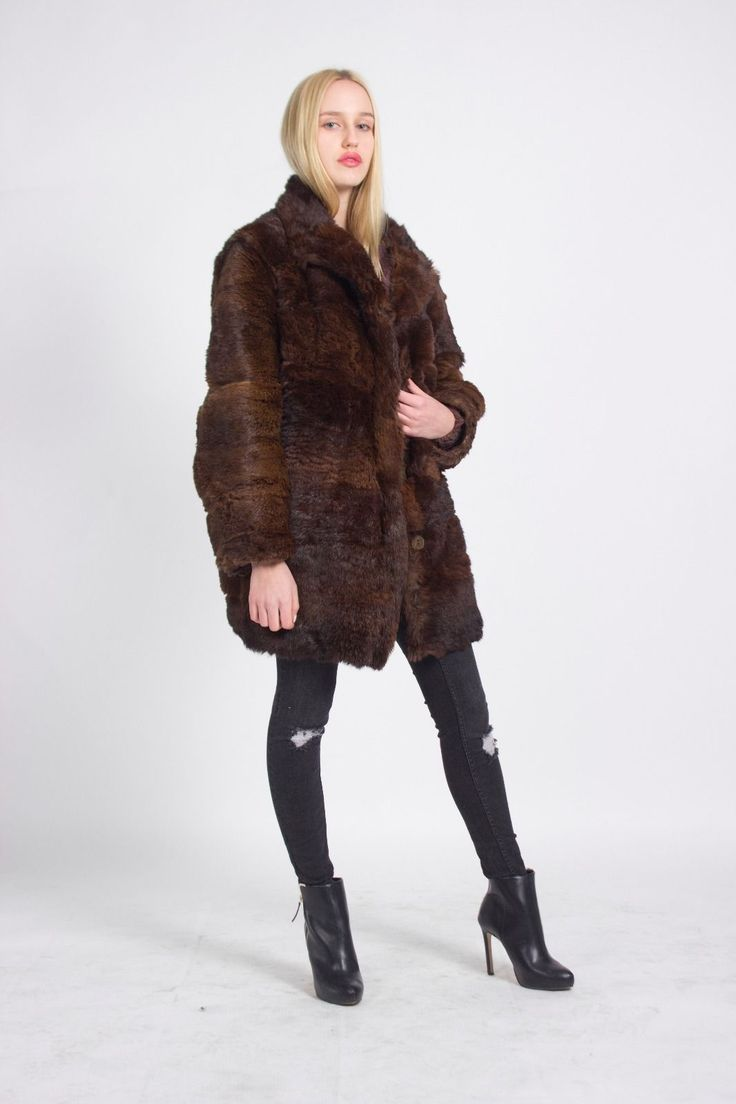 Street Style, London Look, Vintage, London VIntage, LUXURIOUS LONDON LOOK STUNNING UNIQUE VINTAGE BROWN REAL FUR COAT JA…
