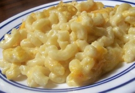 Weight Watchers Macaroni and Cheese recipe – 4 points. But I'm having a hard time imagining how 1 cup of pasta makes 8 servings.