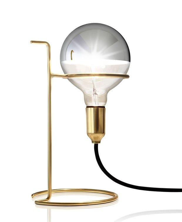 Luminária de mesa Albert, de latão, 30 cm de diâmetro, de Jader Almeida