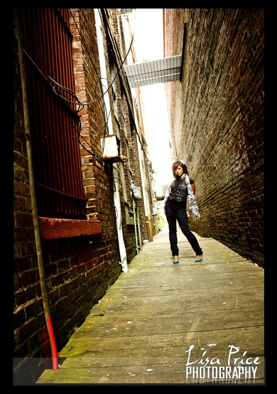 downtown photo shoot - Google Search | Poses for photos ...
