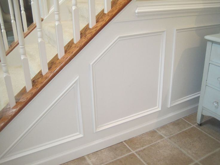 10 best examples of paneled walls and ceiling crown for for Examples of wainscoting