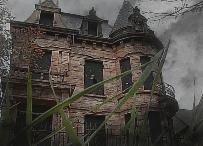 Pin by dana mccalla on a haunting we will go pinterest for Abandoned neighborhoods in america