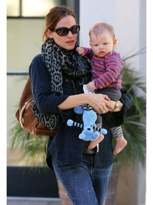 Top 20 best-dressed celebrity moms | Today's Parent