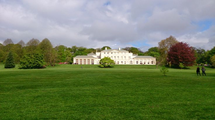 Kenwood House, Hampsted London My digital life part one! http://tidyurl.com/cth3ez