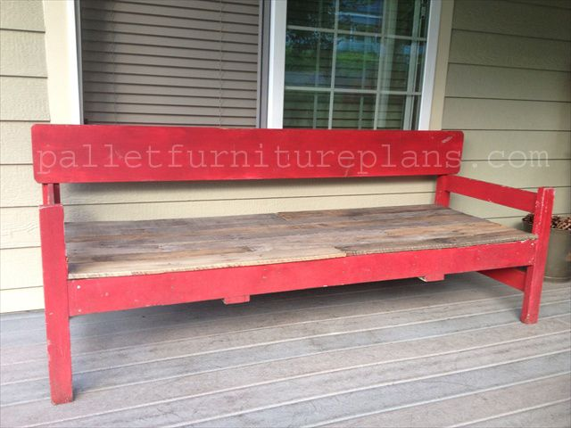 $15 Ultra Cool Pallet Porch bench