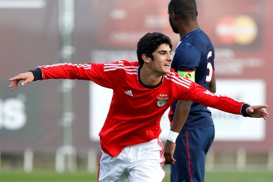 SPORTS And More: #SLBenfica U 19 Goncalo Guedes rumors going to #Ar...