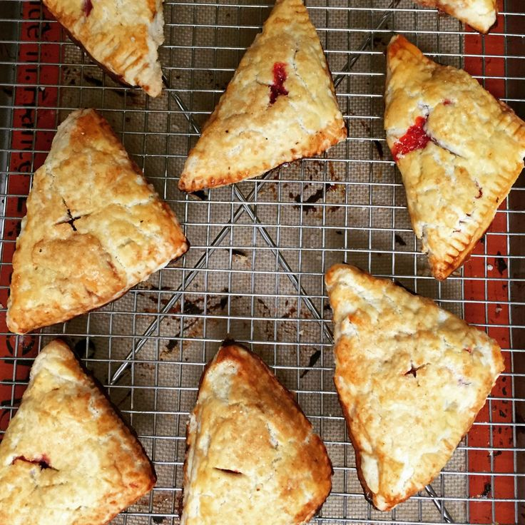 pies gluten free apple hand pies heavens lights dairy free strawberry ...