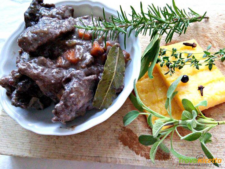 Cinghiale in salmì con polenta  #ricette #food #recipes
