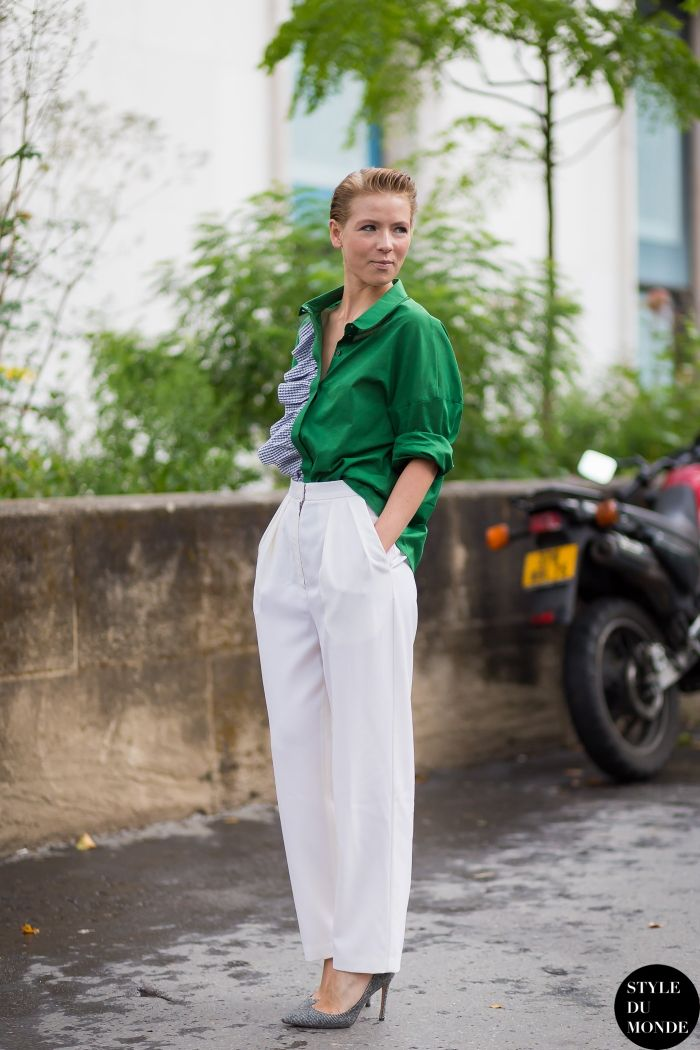 Perfect way to do color. And love the slicked-back 'do. #VikaGazinskaya in Paris.