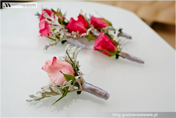 Butonierki na fuksjowe wesele | Buttonholes for fuchsia wedding | Gustowne Wesele | Chic Wedding Poland