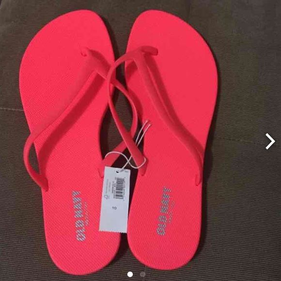 Old Navy Flip Flops Brand new with tags Old Navy Shoes Sandals