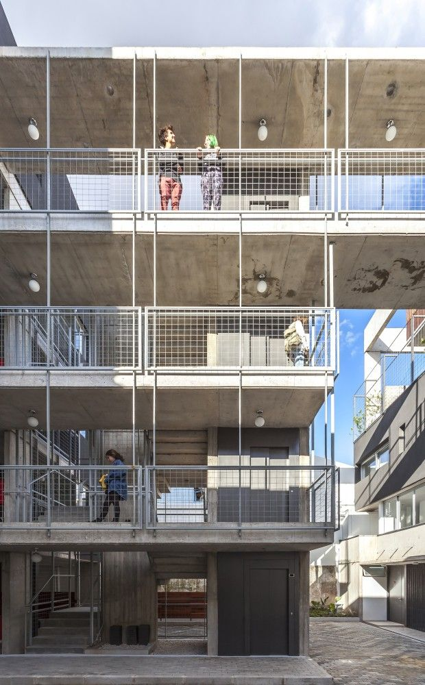 Edificio LeBreton 4482 / Barq