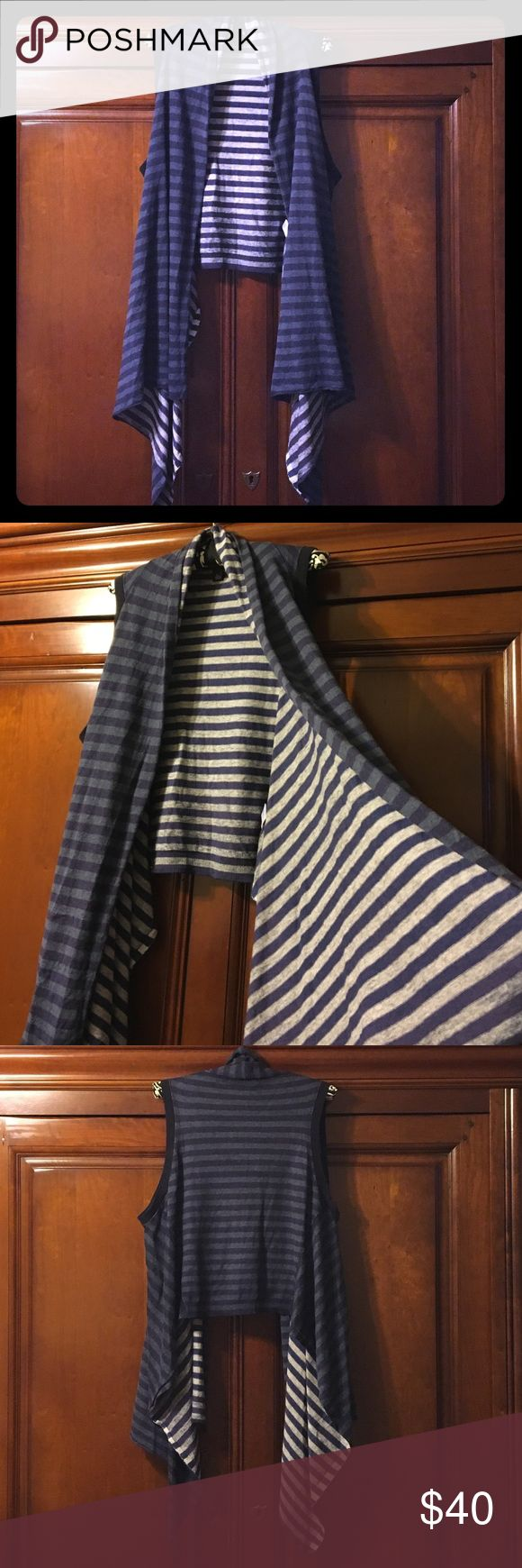 Banana Republic striped vest XL Awesome sleeveless Cardigan/vest. Blue, grey, and white striped. Perfect condition!!;) Banana Republic Sweaters Cardigans