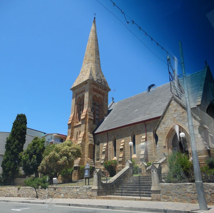 Drove past this stunning little church in Mossel Bay.