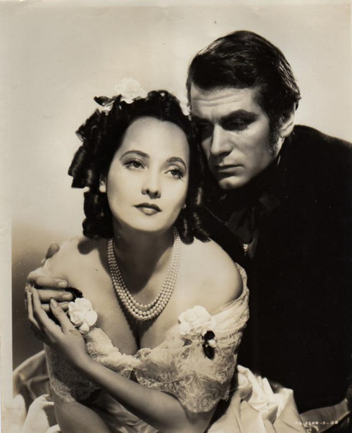 """""""Wuthering Heights"""" starring Laurence Olivier and Merle Oberon. Directed by William Wyler. (1939)"""