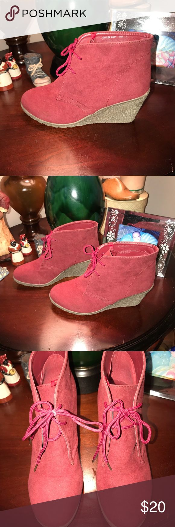 WET SEAL HALF BOOTIES WET SEAL RED FAUX SUEDE HALF BOOTIES EXCELLENT CONDITION SIZE 9M Wet Seal Shoes Ankle Boots & Booties