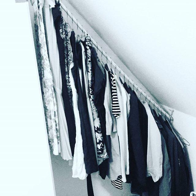 die besten 25 kleiderstange ikea ideen auf pinterest. Black Bedroom Furniture Sets. Home Design Ideas