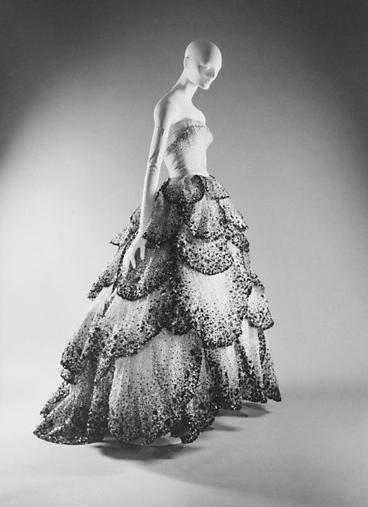 Vintage Dior Dress    Click on the photo to see more on Womens9