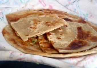 Ugandan Chapati Bread | Recipe here: http://raebear.net/recipes/chapati.html